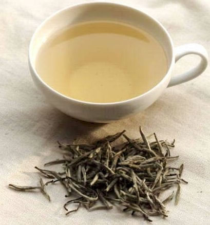 Drinking white tea for diabetes