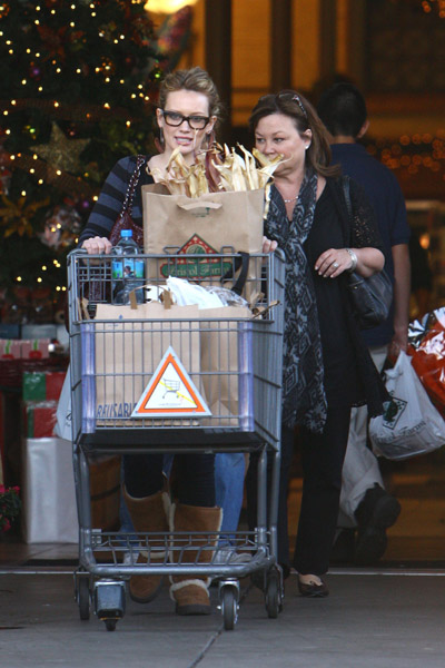Hilary goes shopping for Thanksgiving dinner
