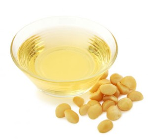 Macademia nuts  and oil