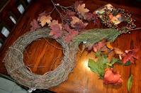 Making grape wreath
