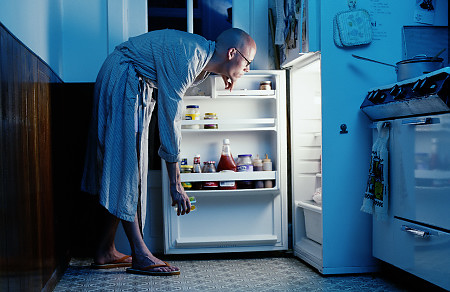 Midnight snacking is a disorder