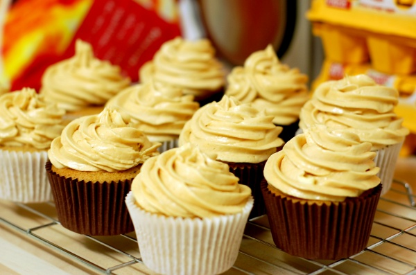 Peanut Butter Cupcakes With Meringue Frosting