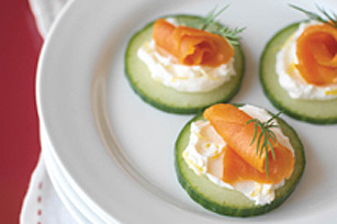 Smoked Salmon And Mozzarella Rounds - Appetizer In St Patrick Day Menu