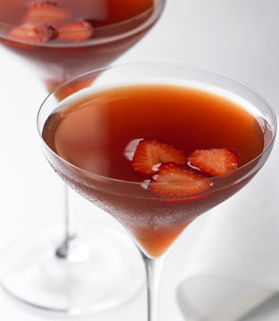 Strawberry Vermouth Fizz