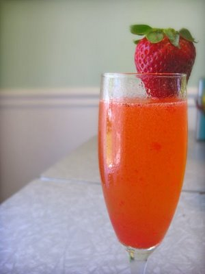 Virgin Strawberry Bellinis