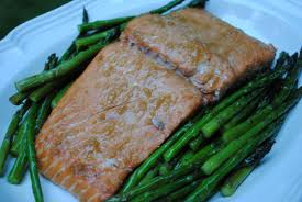 Food For Kidney Infection — Salmon and Asparagus