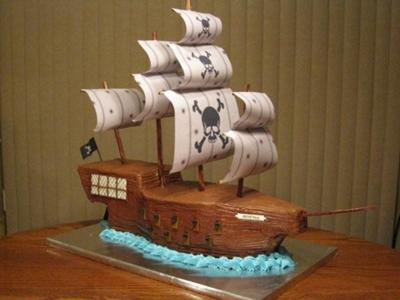 Easy to Make Pirate Cakes http://www.ifood.tv/blog/how-to-decorate-a-pirate-ship-cake-at-home