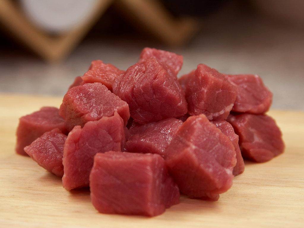 raw beef sandwich