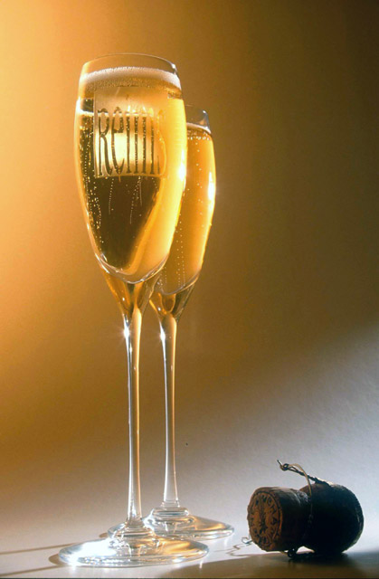 how to chill sparkling wine