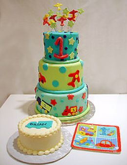 how to plan your baby's first birthday party - to have the cake and eat it too