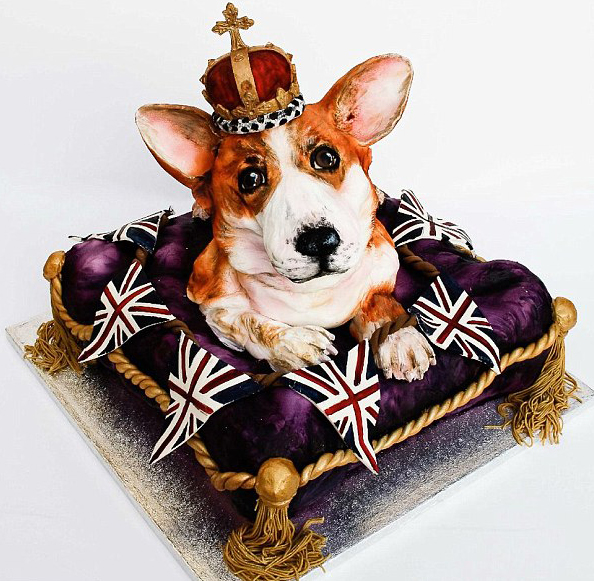 Queen Doggy Cake