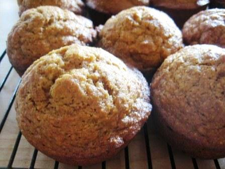 Crunchy Top Applesauce Muffins picture
