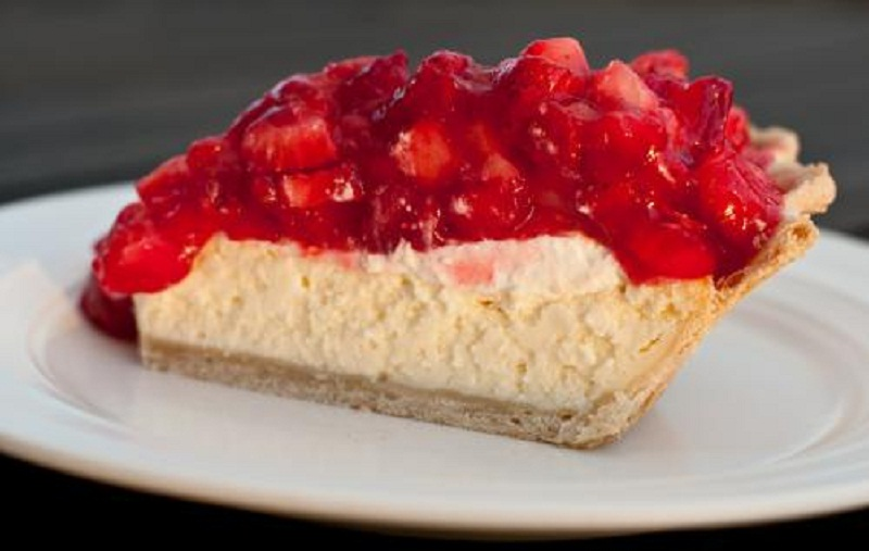Individual Cheesecakes with Strawberries picture