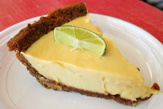 Lemon Cheese Pie picture