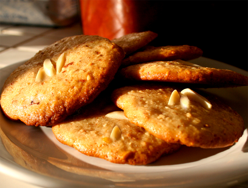 Lacy Almond Cookies picture