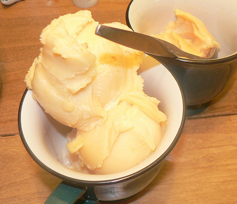Lemon Buttermilk Sherbet picture