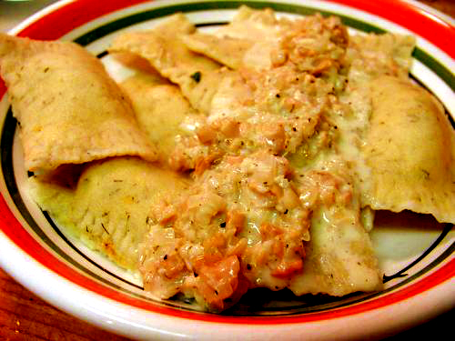 Mushroom Ravioli with Prawns picture