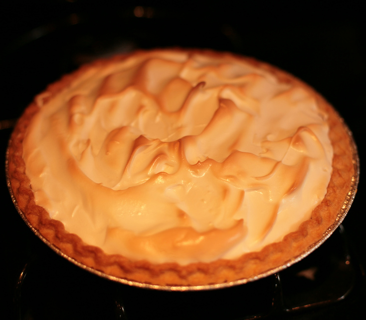Simple Lemon Meringue Pie picture