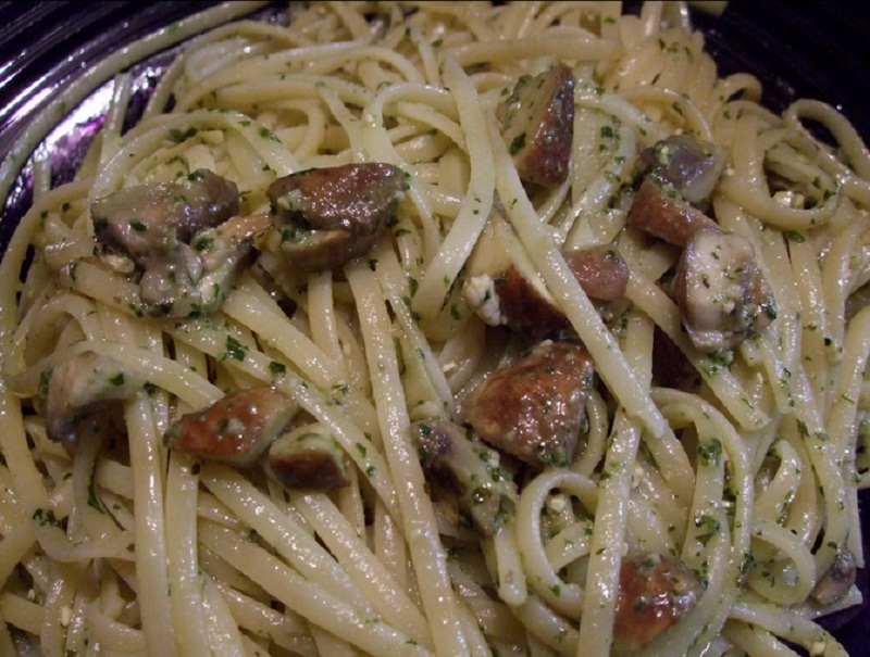 Linguine with Mushrooms picture