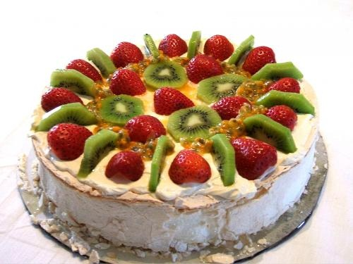 Marshmallow Pavlova Slice picture