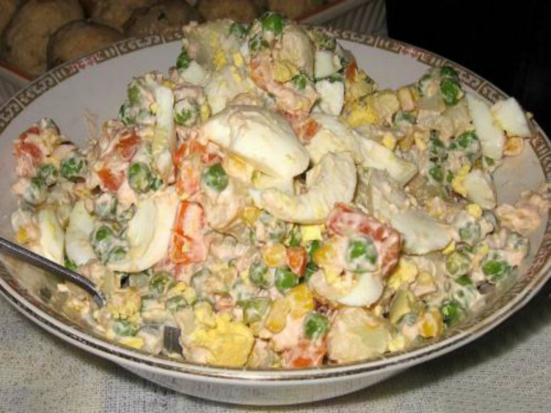Thousand Island Dressing With Gherkins And Eggs picture