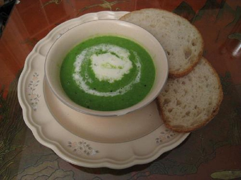 Minted Green Pea Soup picture
