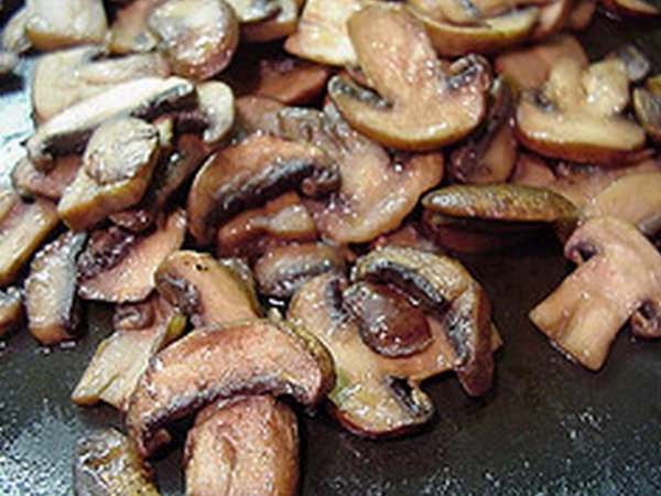 Microwave Mushrooms in Garlic Butter picture