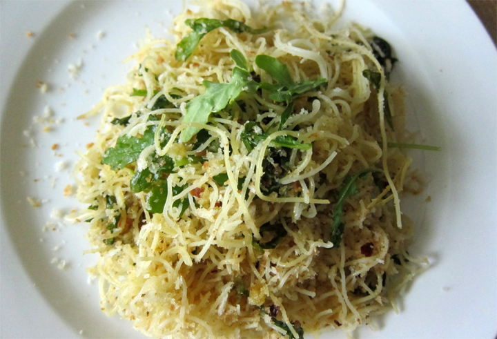 Noodles with Garlic Dressing picture