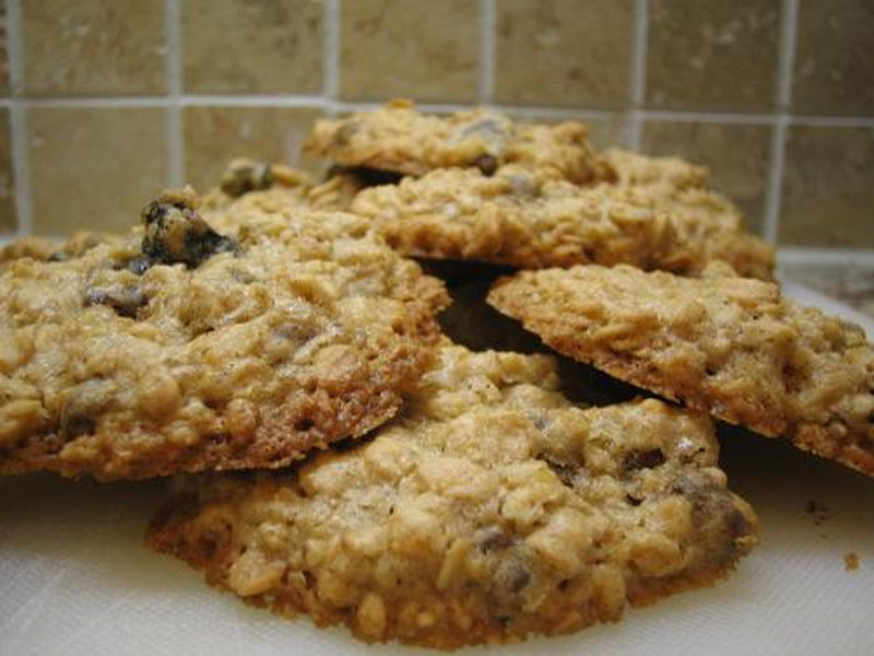 Swedish Raisin Oatmeal Cookies picture