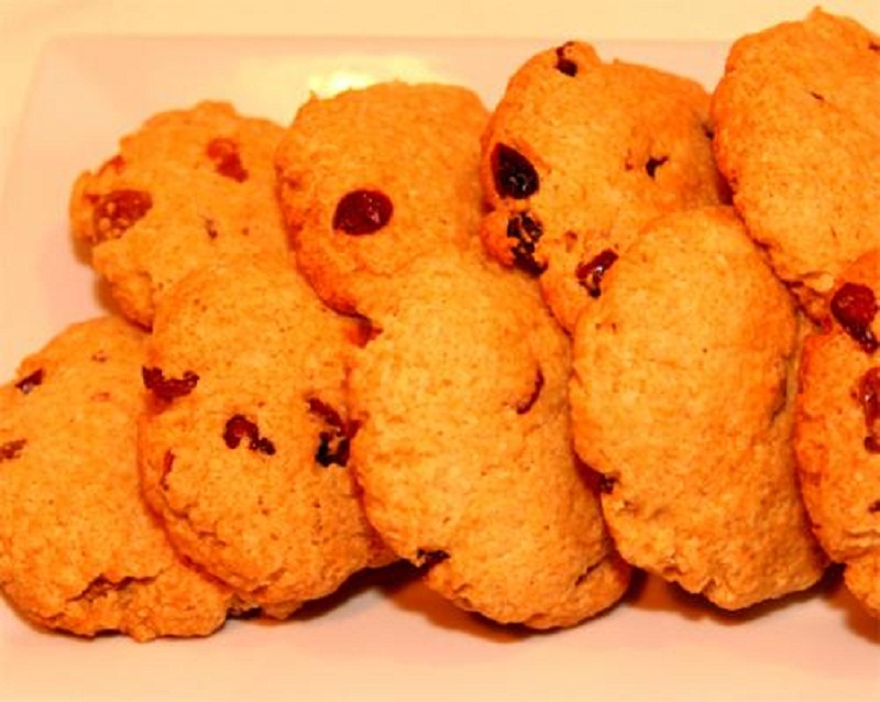 Old Fashioned Raisin cookies picture
