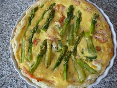Smoked Salmon and Asparagus Quiche picture