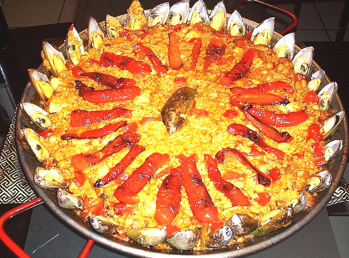 Paella mixta picture