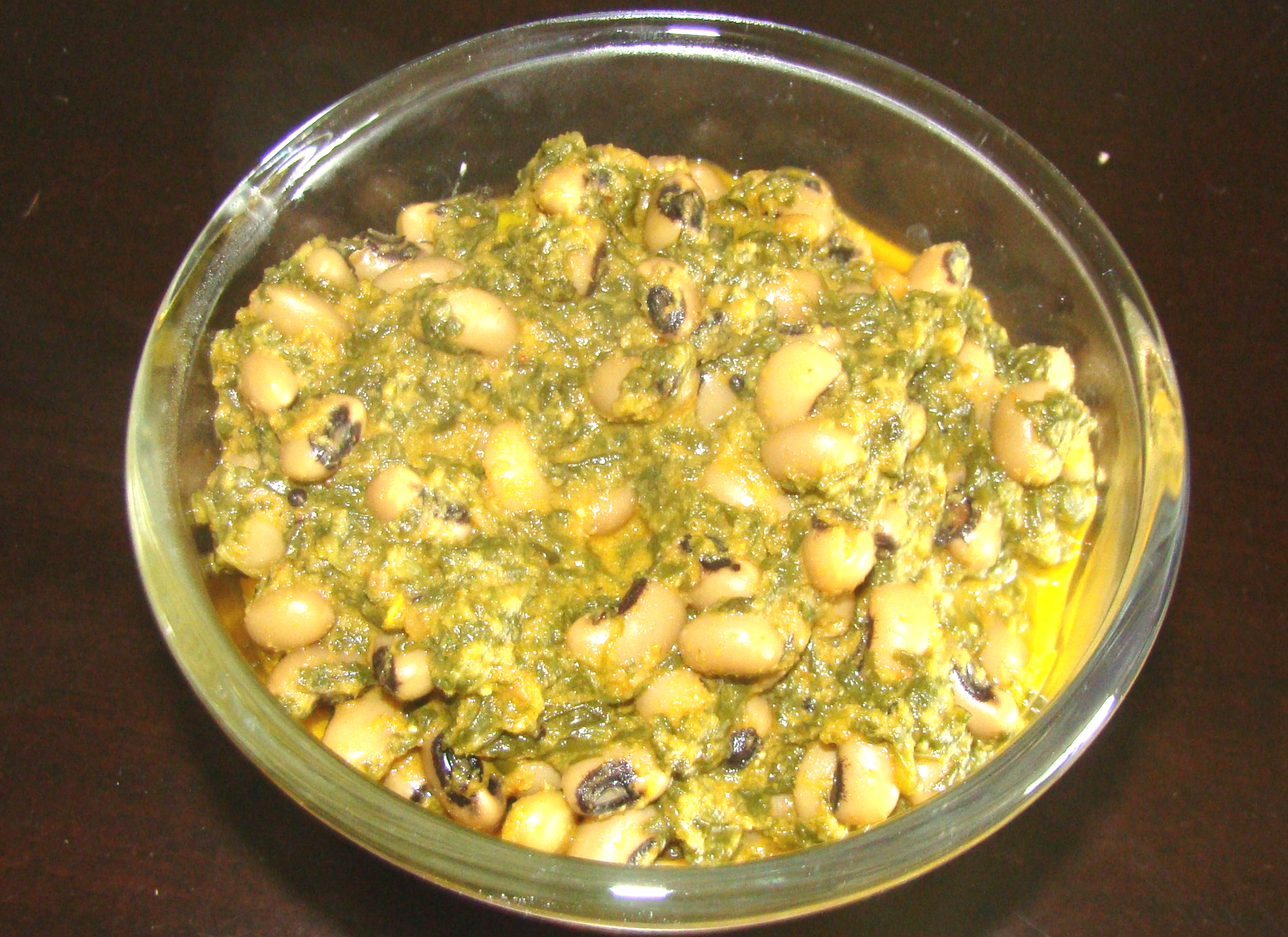 Palak Lobia / Spinach and Black Eyed Beans Curry picture