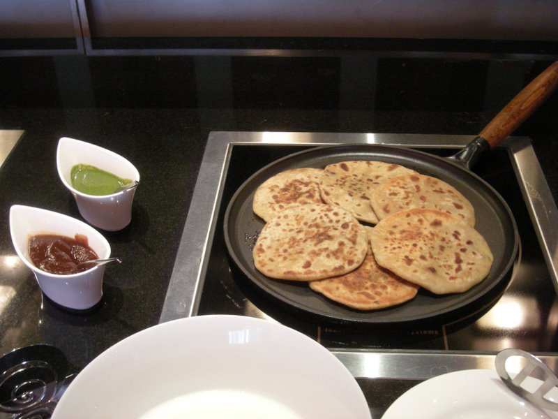 Aloo Paratha picture