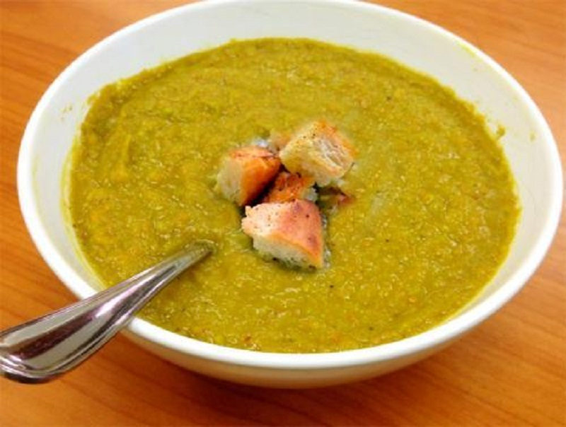 Pea And Curry Soup picture