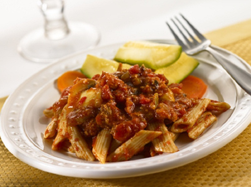 Penne and Fresh Tuna with Raisin and Almond Sauce picture