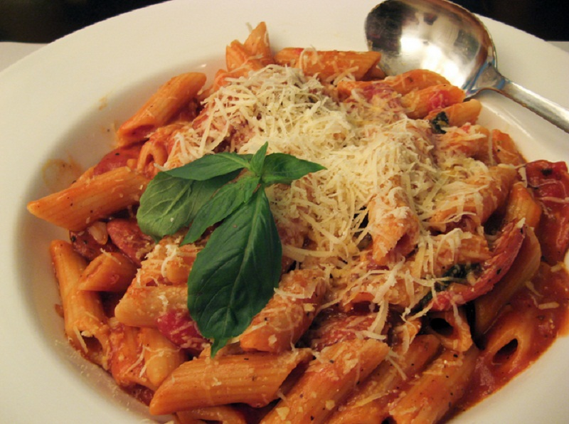 Penne with Pomodoro Sauce picture
