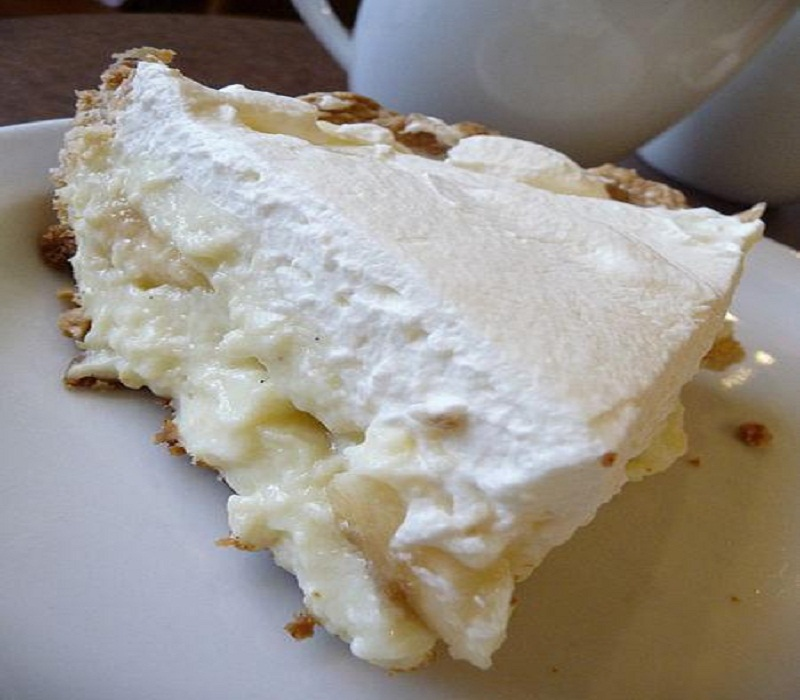 Pineapple Parfait Pie picture