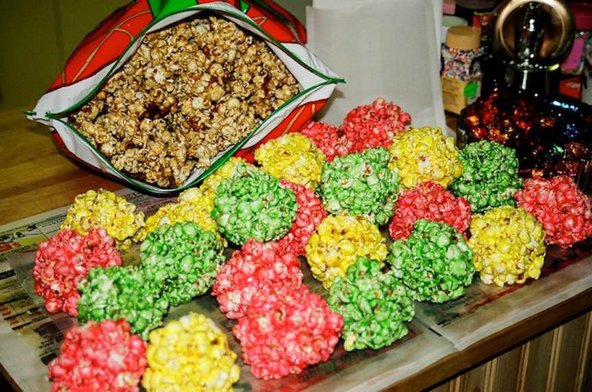 Easy Popcorn Balls picture
