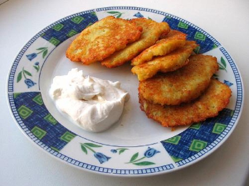 Potato Pancakes With Eggs picture
