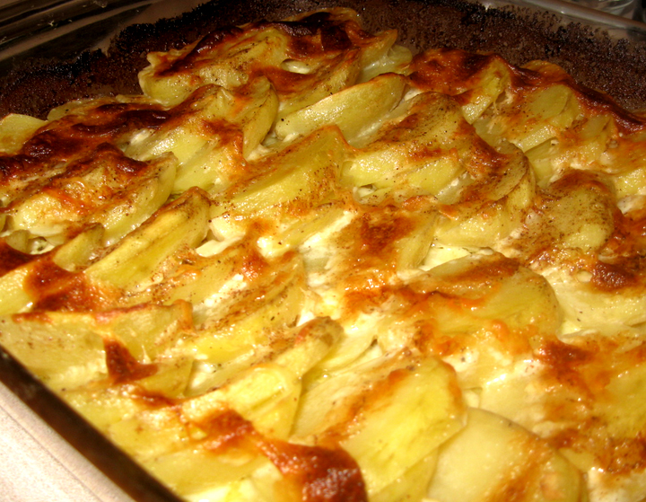 Potatoes Au Gratin picture