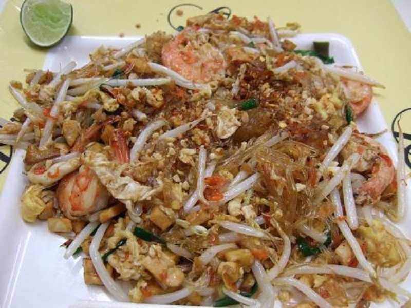 Prawn Noodles With Sesame Sauce picture