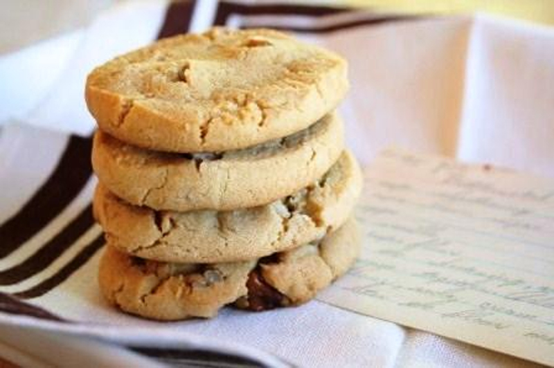 Crispy Nut Cookies picture