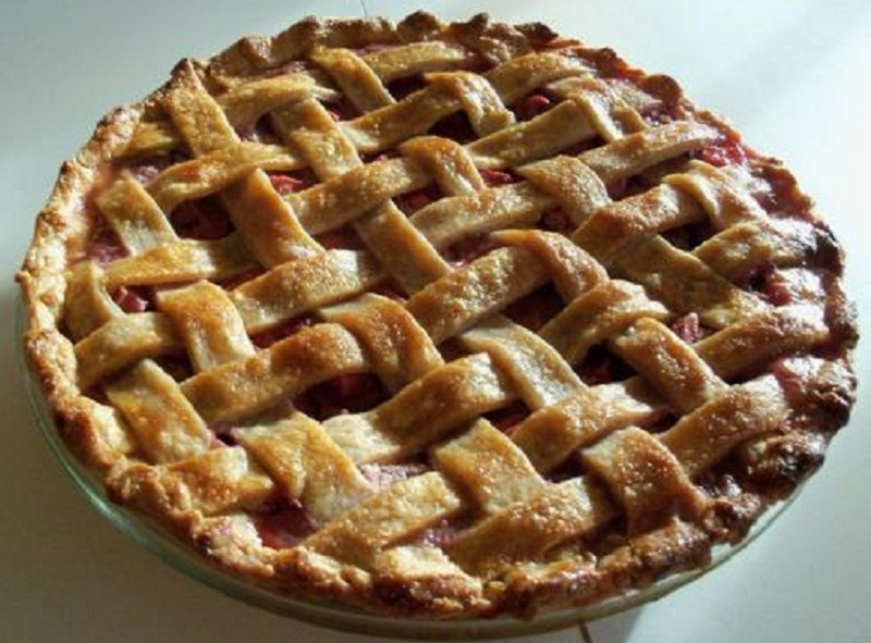 Rhubarb Cherry Pie picture