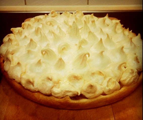 Rhubarb Meringue Pie picture
