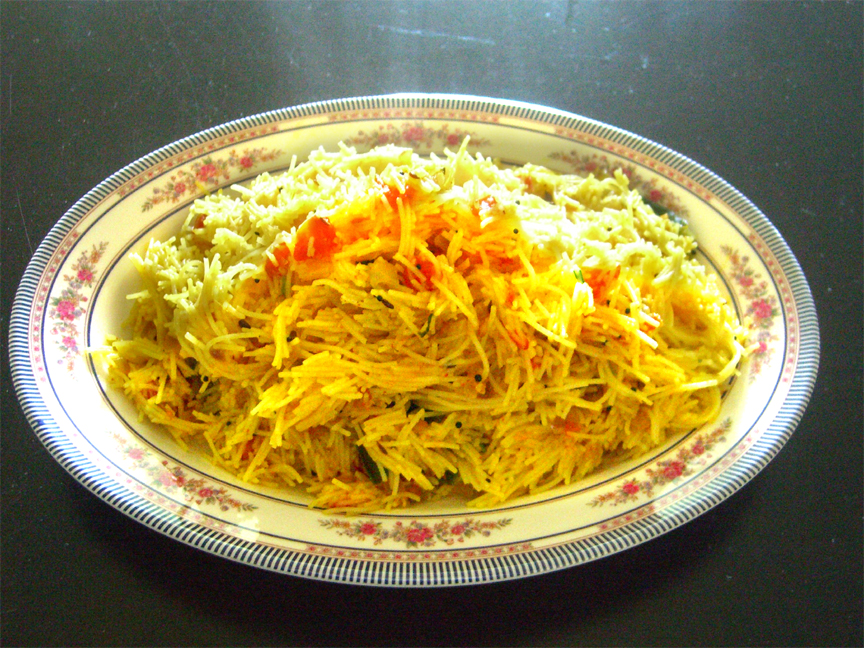 Rice Sevai Usli / Rice Noodles Upma picture