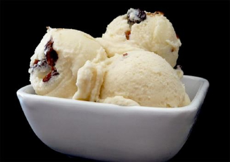 Rum and Raisin Ice Cream picture