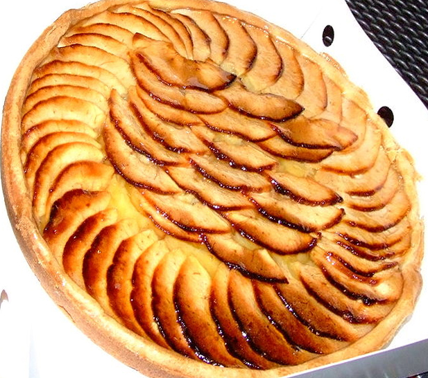 Rustic Apple Tart picture