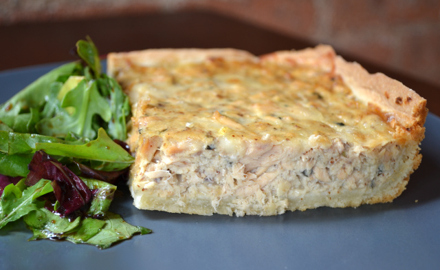 Salmon-Asparagus Pie picture