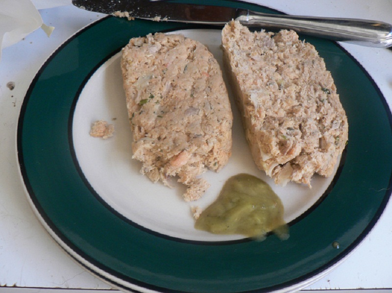 Salmon Noodle Loaf picture